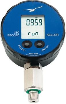 digital manometer. keller leo record digital manometer